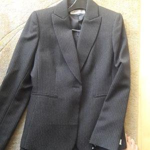 NWT Tahari Women's Pant Suit